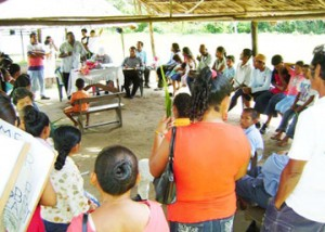 A community meeting at Hobodeia (PNCR photo)