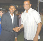 President Bharrat Jagdeo congratulating Shivnarine Chanderpaul on his achievement (Photo courtesy of GINA)