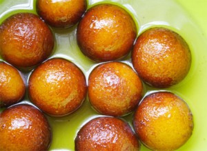 Indian Gulab Jamun (Photo by Cynthia Nelson)