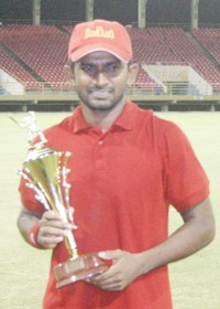 Sewnarine Chattergoon was declared the man of the match for his 102. (Orlando Charles photo)