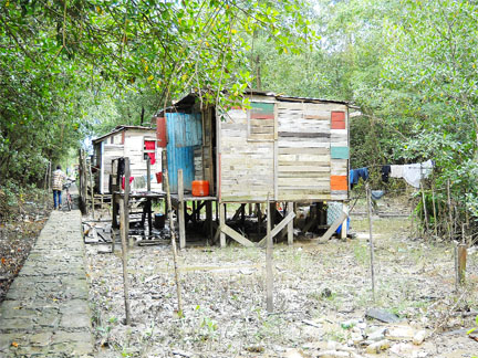 Plastic City residents cry out for housing relief - Stabroek News