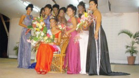 Miss Queen of Essequibo 2010 Seromanie Choomanlall (seated) flanked by the other contestants.