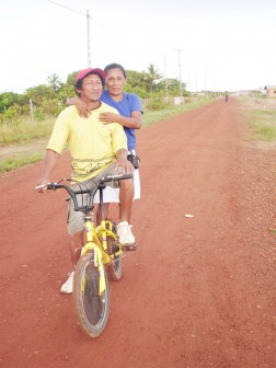 Tabatinga resident Eric Scipio and his wife Elfreida on their way to work at the commercial zone on the outskirts of Lethem recently.