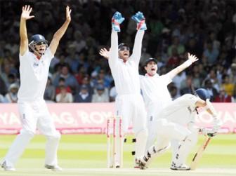 Gautam Gambhir is given out leg-before wicket to Graeme Swann by umpire Asad Rauf.
