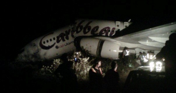 The plane broken in two (photo courtesy of Gordon Moseley)