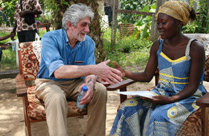 Joe Cohen, co-inventor of the vaccine, meets an RTS,S vaccine trial volunteer. (worldvision.org)