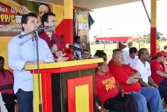 Roraima governor José de Anchieta Junior speaking at the meeting. (GINA photo)