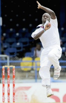 Kemar Roach has so far taken all three wickets to fall for 27 runs. (DigicelCricket/Brooks La Touche photo)