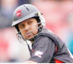 Ramnaresh Sarwan ... top-scored with 39. (file photo)