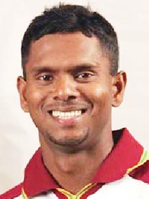 Chanderpaul loses number one world ranking