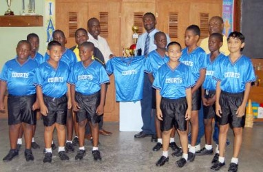 Winners of the inaugural Courts Pee Wee football tournament