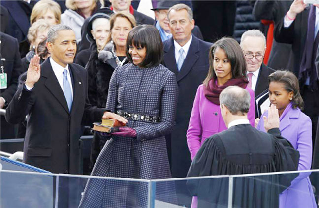 Supreme Court Chief Justice John Roberts administers the oath of office to President Barack Obama during ceremonies in Washington. (Reuters/Jim Bourg)