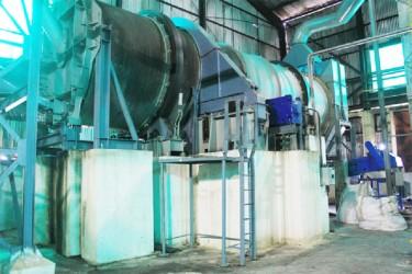 Modern factory machinery, Enmore Estate
