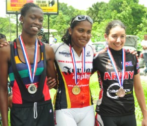 Naomi Singh (centre) with Hazina Barrett (left) and third place Claire Fraser. (Orlando Charles photo)