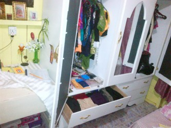 Drawers and wardrobes tumbled