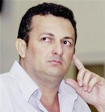 Vitalmiro Moura