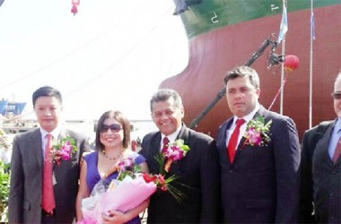 "From left to right, President of Bohai Shipyard Group Co. Yuan Yang, the Minister Silvia Aular, President of PDVSA Naval, Engineer Hector Manuel Pernia and CEO of CV Diaz shipping Limited .. on September 9, 2012 in the premises of the Bohai Shipbuilding Heavy Industry Co., Ltd in China during the launching of the tanker ""Carabobo"" Photo Embassy of Venezuela in China."