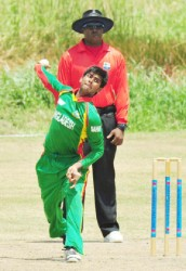 West Indies' Gudakesh Motie-Kanhai better known for his bowling shows the West Indies U19 top order batsmen how it is done. (Orlando Charles photo)