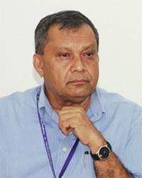 Michael Khan