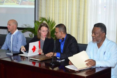 From left to right Guyana Goldfields CEO Scott Caldwell, Canadian High Commissioner Dr Nicole Giles, Minister of Natural Resources and Environment Robert Persaud, and Prime Minister Samuel Hinds at a forum for stakeholders held yesterday by Guyana Goldfields. (GINA photo)