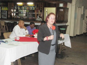 Presidential Advisor on Governance Gail Teixeira emphasising a point during her presentation at the town hall Meeting in Linden. (Government Information Agency photo)