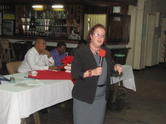 Presidential Advisor on Governance Gail Teixeira speaking at the Watooka Guest House on Wednesday evening on the importance of passing the anti-money laundering bill. (GINA photo)