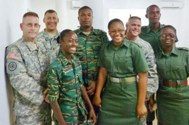 A few members of the GDF pose with members of the Florida National Guard.
