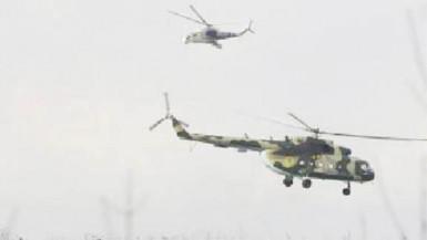 Ukrainian helicopters take off after delivering troops to Kramatorsk. Reuters/Marko Djurica