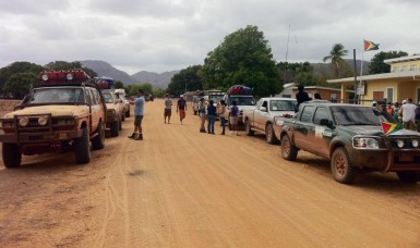 The Safari convoy at one of the checkpoints along the route (GINA photo)