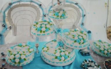 Wedding cake designed by Haniwatie Hansraj-Angus