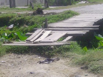 The bridge connecting Triumph to Beterverwagting