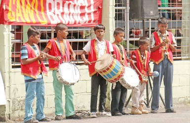 These youngsters provided musical accompaniment yesterday in the National Park for the workers' rally.