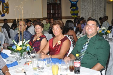 The gathering at the shipping association awards earlier this month at the Pegasus Hotel being entertained. (SAG photo)