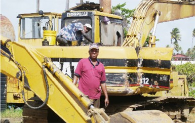 Servicing an excavator for Innovative Construction