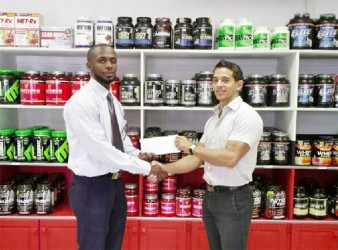 Fitness Express support for power lifters Adams, Mars