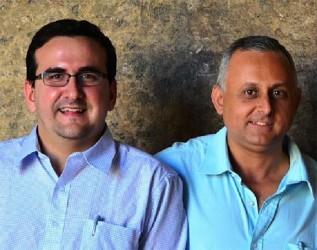 Roberto Veiga(left) and Lenier Gonzalez