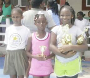 Girls top three: (L-R) Nandanee Ramdyhan (3rd), Sunnah Sealy (2nd) and winner Akilah Jones