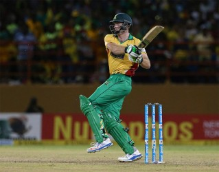 Guyana Amazon Warriors opener Martin Guptill pulls one during his unbeaten knock of 50 at the Guyana National Stadium, Providence yesterday. (Getty Images)