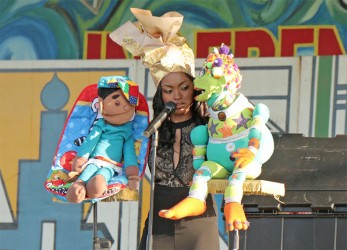 Megan Piphus, musical ventriloquist, as she entertains the crowd