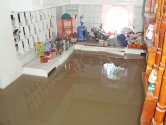 peter's hall flood2