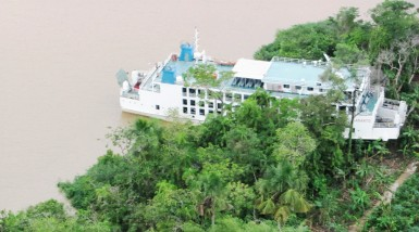 The MV Sabanto stuck on Wakenaam Island yesterday. (Photo courtesy of T&HD)