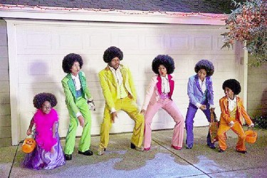 The Johnson family dressed up as the Jacksons in the Halloween episode