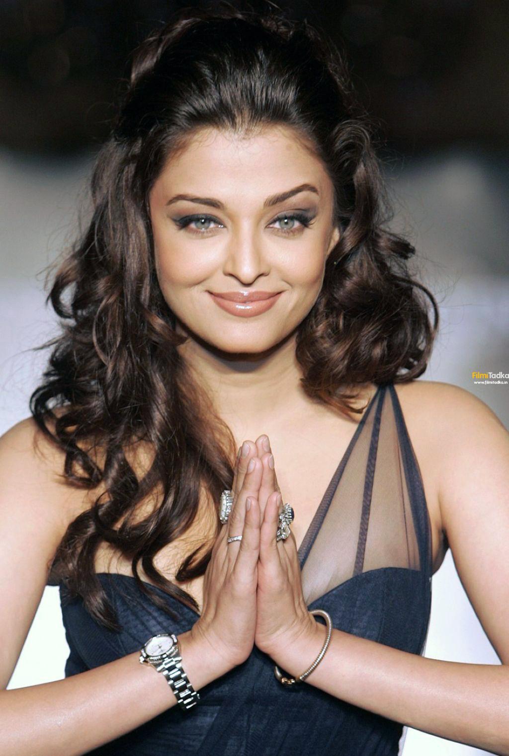 Bollywood Star Aishwarya Rai Returns To Cinema With