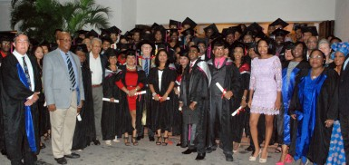 The graduates and invitees (Ministry of Education photo)