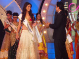 Miss India Guyana Lieve Blanckaert receives the Miss Beautiful Skin Award in Mumbai.
