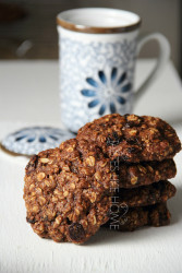 Oatmeal & Raisin Cookies (Photo by Cynthia Nelson)