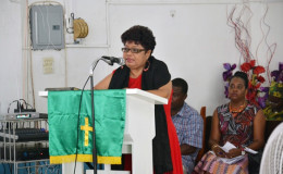 Minister Amna Ally delivering her remarks to the congregation (GINA photo)