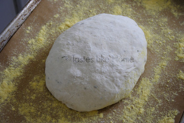 Non-knead bread, shaped and left to rise (Photo by Cynthia Nelson)