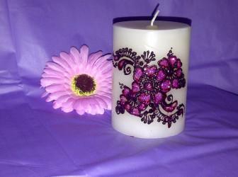 A Narissa Shawh candle
