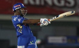 West Indies opener Lendl Simmons yesterday guided Karachi Kings to victory with unbeaten half-century.